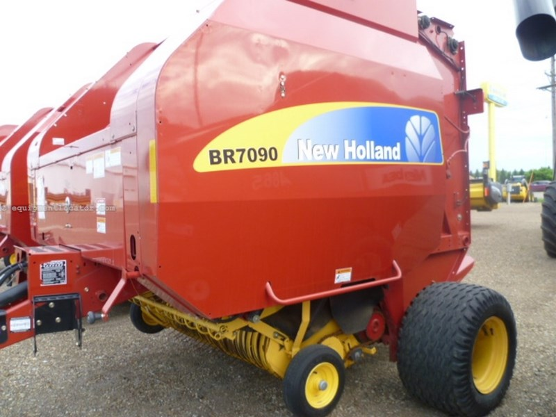 2008 New Holland BR7090, Belt Type, 5X6 Bales,Elec Mon, Auto Twine  Baler For Sale
