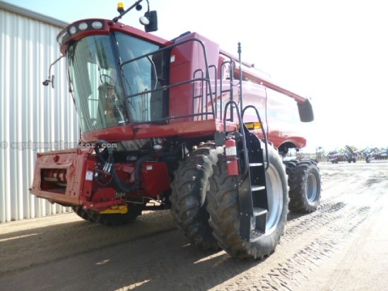 2009 Case IH 6088, 1974 Sep Hr,RWA, RT, Dlx Cab,Pro600 Monitor Combine For Sale