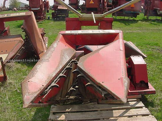 Gehl 660 Image 1