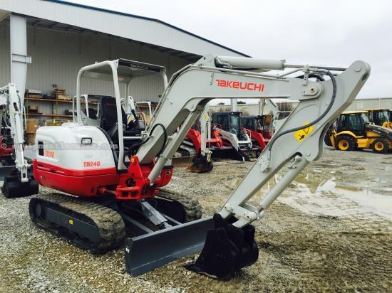 2015 Takeuchi TB240 Miniexcavadora a la venta at EquipmentLocator com
