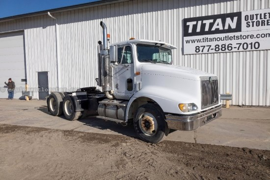1999 International 9200, 769749 Mi, 435 HP, Cummins Engine, Cruise Misc. Truck For Sale