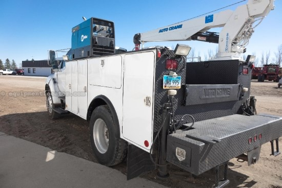 2005 Ford F750, AC,Cruise,Tilt,Air Ride,Crane,Welder  Service Truck For Sale
