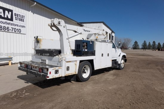 1998 Ford F800, 7Spd, AC, Compressor, Crane Gen/Welder Service Truck For Sale