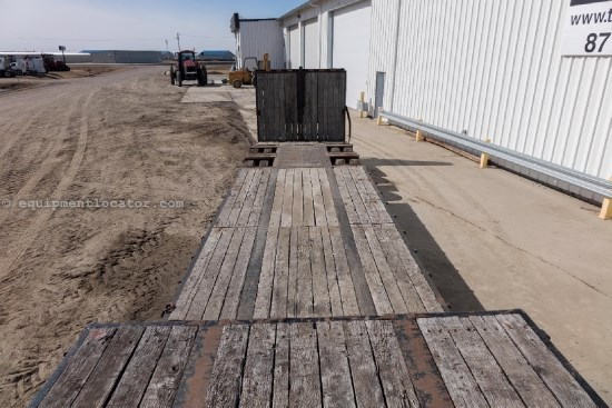 "2002 Towmaster Quipnet QT50RG, 61700 lbs, 102"" Width, Hyd Ramps Misc. Ag For Sale"