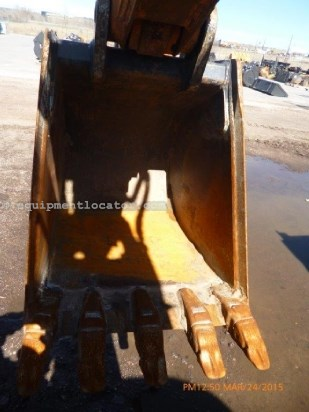 "2012 Werk-Brau 24"" Bucket, Pin On Coupler, Exc Carrier Attachment For Sale"