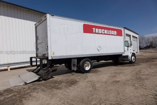 2000 Freightliner FL70, 240HP, AC, Cruise, PS, Heated Mirrors Van Box Truck For Sale