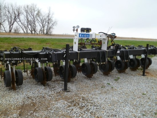 2012 Other Twin Diamond 830, 8 Shank, 30', 3Pt, Baskets Applicator For Sale