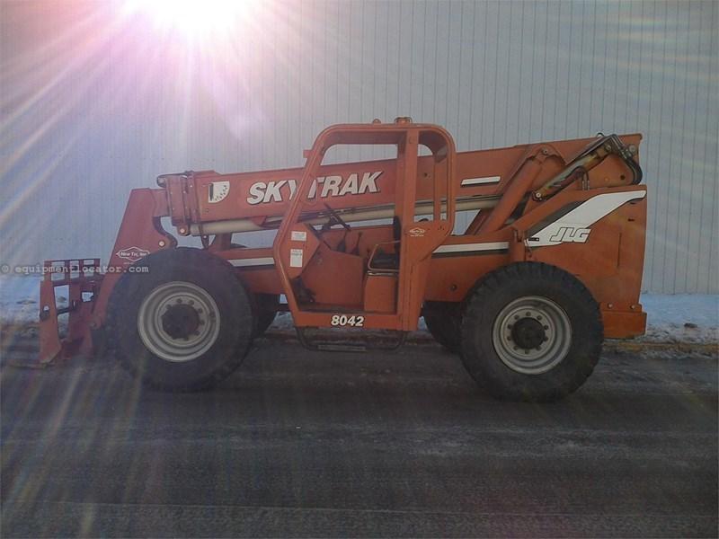 2003 Sky Trak 8042 Image 1
