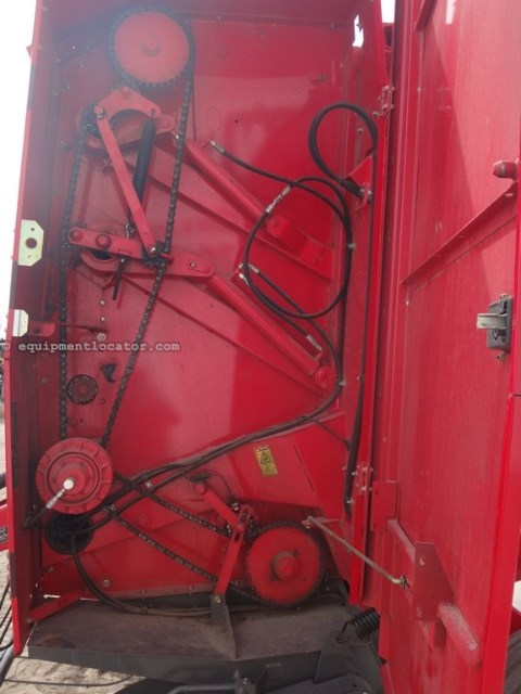 2010 Massey Ferguson 2856A, Net Wrap, Elec Monitor, Kicker, Counter Baler-Round For Sale