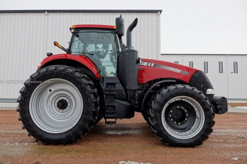 2014 Case IH Magnum 250, 693Hr, 4 Rem, Leather, Auto Guidance Tractor For Sale