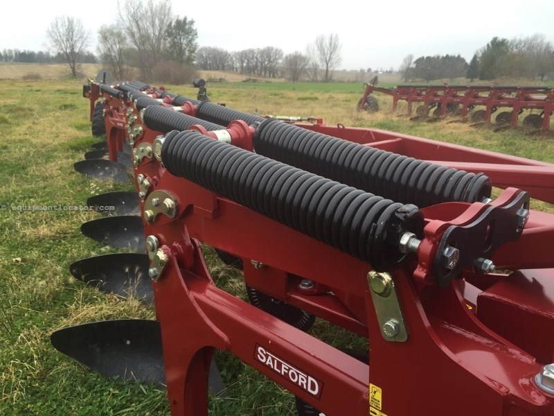 """2014 Salford 8210, 15', 2 Section, Spring Type,18"""" Shank Space  Plow-Moldboard For Sale"""