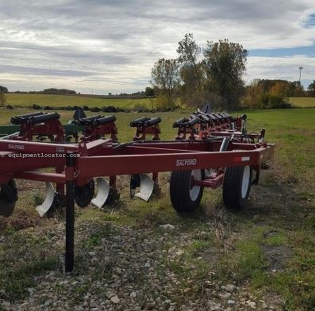 "2014 Salford 8210, 15', 2 Section, Spring Type,18"" Shank Space  Plow-Moldboard For Sale"
