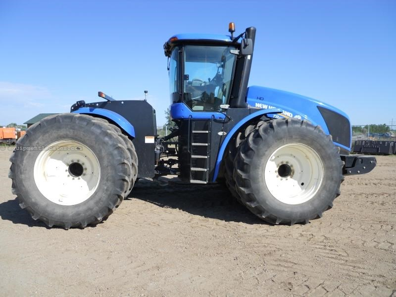 2012 New Holland T9615CE, 1850 Hr, Dlx Cab, Front & Wheel Weights Tractor For Sale