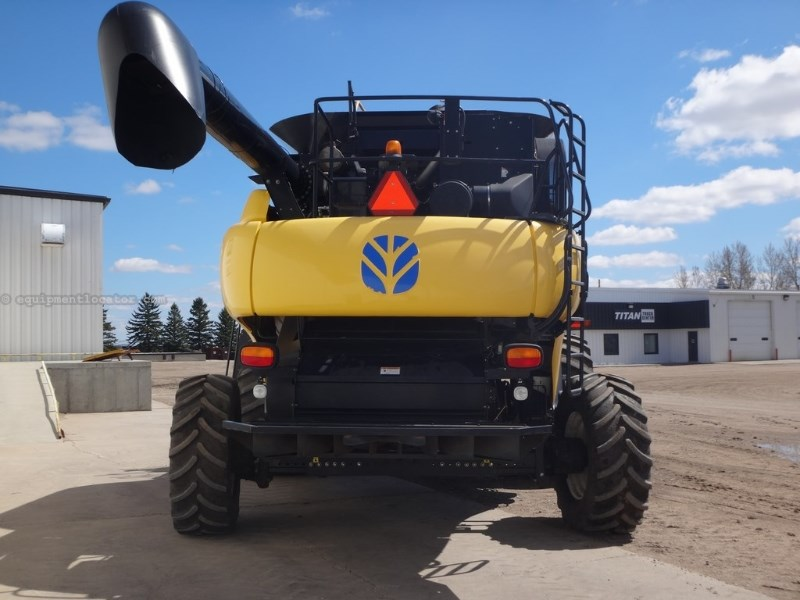 2008 New Holland CR9060, 949 Sep Hrs, RWA, RT, Dlx Cab, Contour Combine For Sale