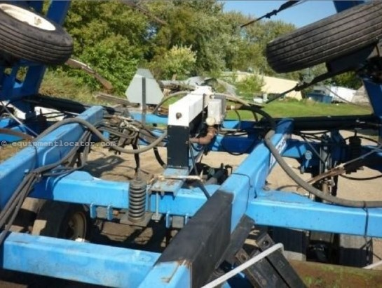 "DMI 5300, 30"" Spacing, No Monitor, 52' Width Applicator For Sale"