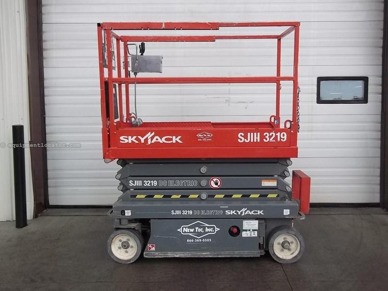 2012 Skyjack SJIII3219 Image 1