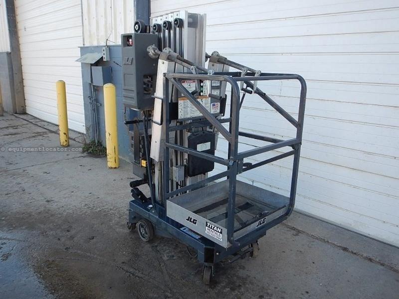 Portable Tall Wheelchair Platform Lift : Jlg amdc quot platform height auto charger