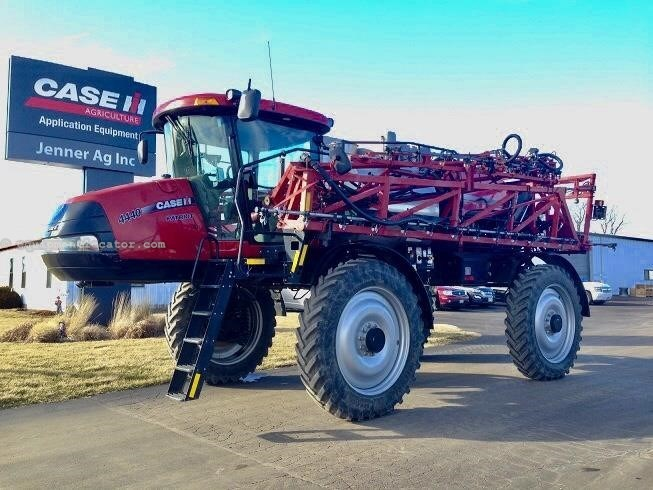 2015 Case IH PATRIOT 4440-260000.00 USD
