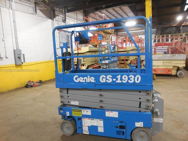 2011 Genie GS1930 Image 1