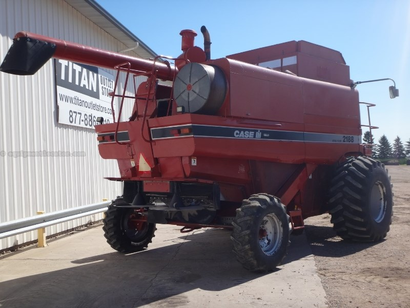 1996 Case IH 2188, 3501 Sep Hr, RT, HEX PTO, Discharge Beater Combine For Sale