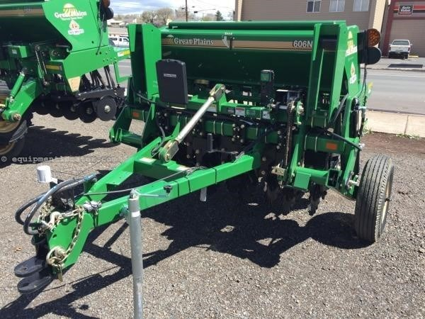 2015 Great Plains 606NT Grain Drill For Sale