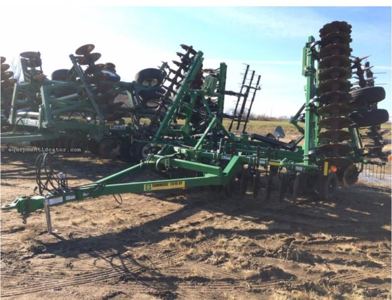2012 Summers 2510, 36', Coil Tine, Hyd Level, Scrapers Disc Chisel For Sale