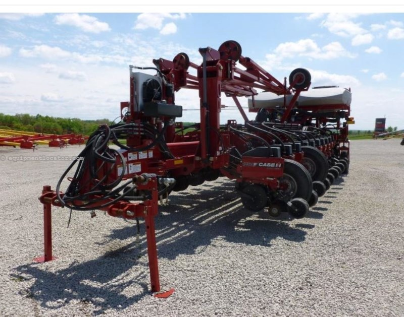 2011 Case IH 1250, 24R30, Vac Meter, 2 Pt, Front Fold Planter For Sale