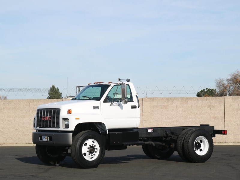 2000 GMC TOPKICK C7500 Cab & Chassis For Sale at