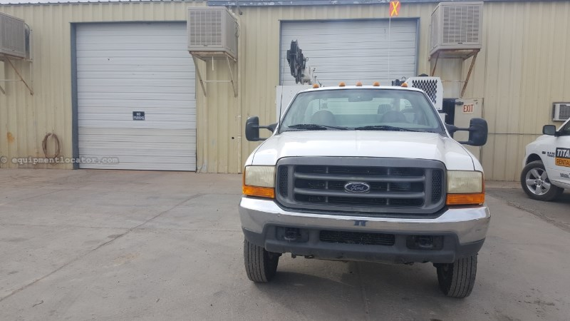 2000 Ford F550, Crane, welder, compressor  Service Truck For Sale