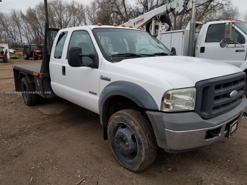 2005 Ford F450, 11' flat bed, Automatic Flatbed/Flatbed Dump For Sale