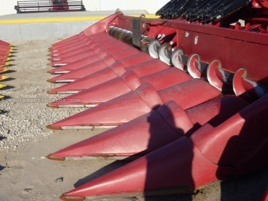 2006 Case IH 2212, Fits 7010/8010/8120/8230, FT, HHC, Non-Chop Header-Corn For Sale