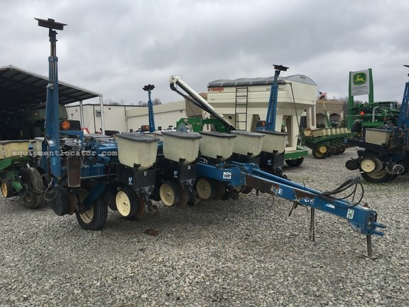 1997 Kinze 2000 Planter For Sale At Equipmentlocator Com