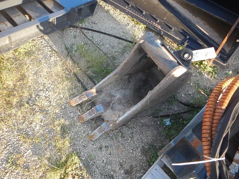 """2011 Wain-Roy 12EXE, 1.5"""" Pinhole, Teeth, Wain Roy Coupler Sys Bucket For Sale"""
