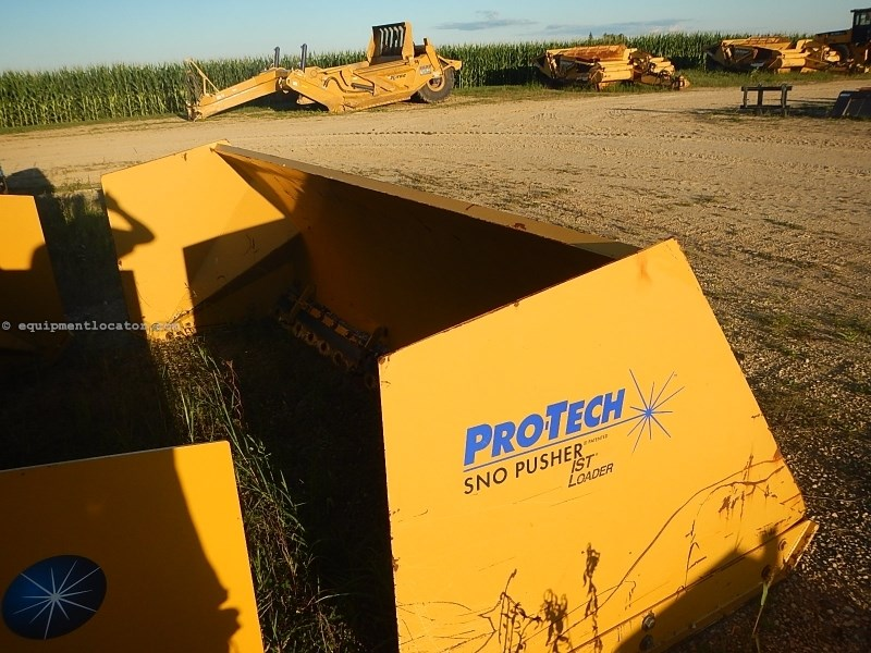 2011 Pro-Tec IS12L, Fits Skid Steer,Hyd Elec Control Angle/Tilt Snow Equipment For Sale