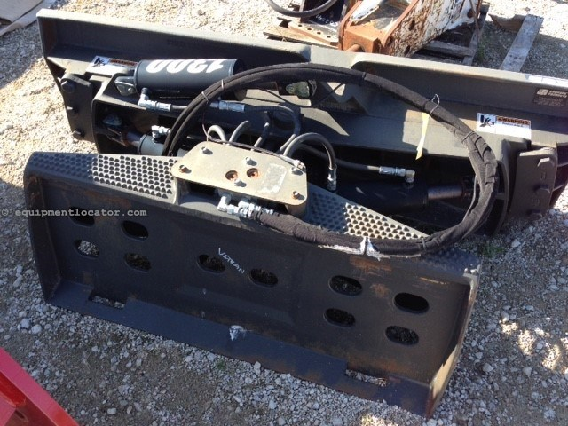2011 Grouser 1300, For Skid Steer, Controlled Angle/Tilt Skid Steer Attachment For Sale