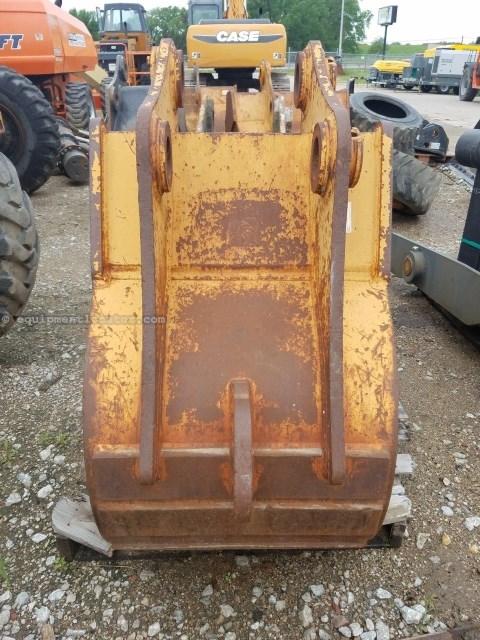 """2011 Badger BUCKET, 24"""", For Excavator Excavator Bucket For Sale"""