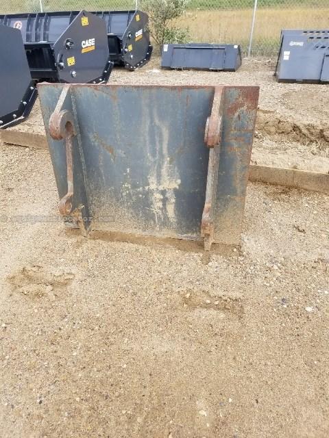 JRB L300EB, Extendable, 2 Stage, JRB 416 Coupler Misc. Construction For Sale