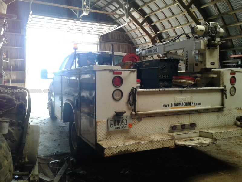 1999 Ford F350, 315533 Mi, Welder, Man Outriggers, Crane Service Truck For Sale
