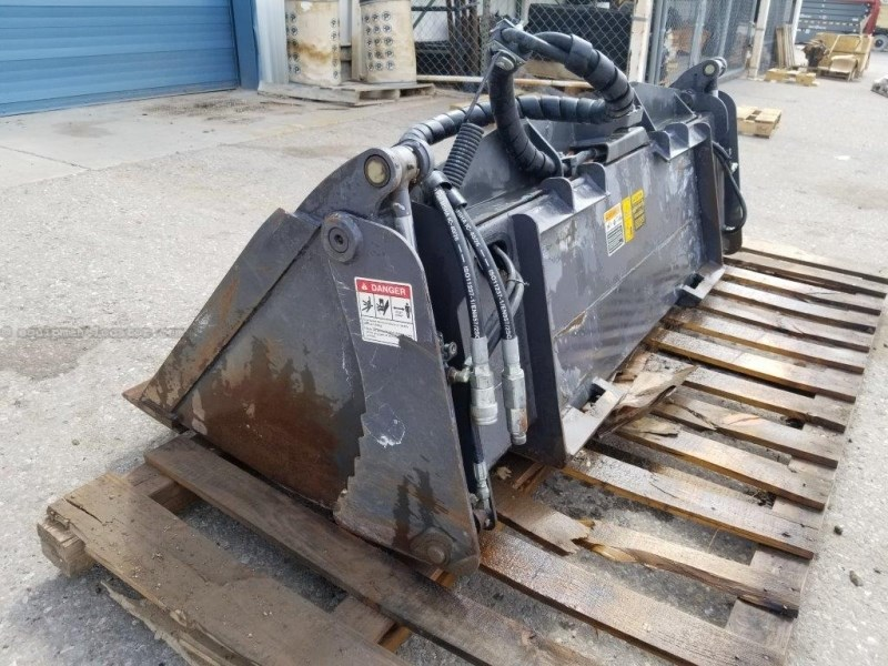 "2014 Case 72"", Skidsteer Mount, Bolt-On Edge, 4X1 Util Bkt Skid Steer Attachment For Sale"
