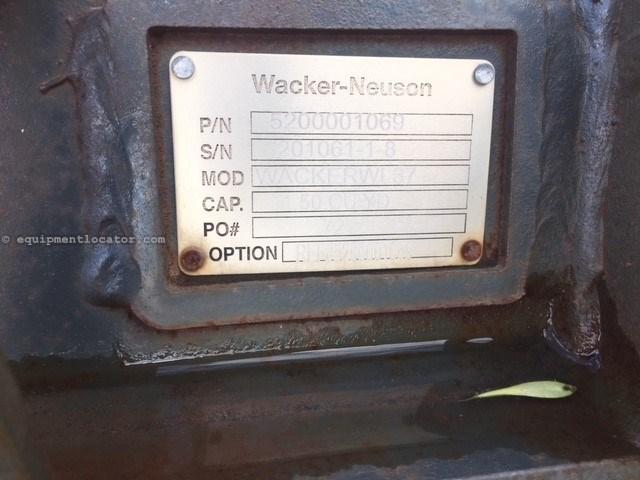"2014 Wacker 72Skid, 72"" Width, Bolt On Edge, SSL/CTL Carrier Skid Steer Bucket For Sale"