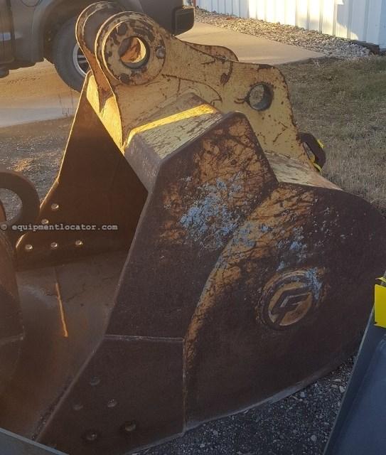 "2011 Central Fabricators 48EXC, 48"" Width, 80MM Pin Sz, Fits 9030 Excavator Excavator Bucket For Sale"