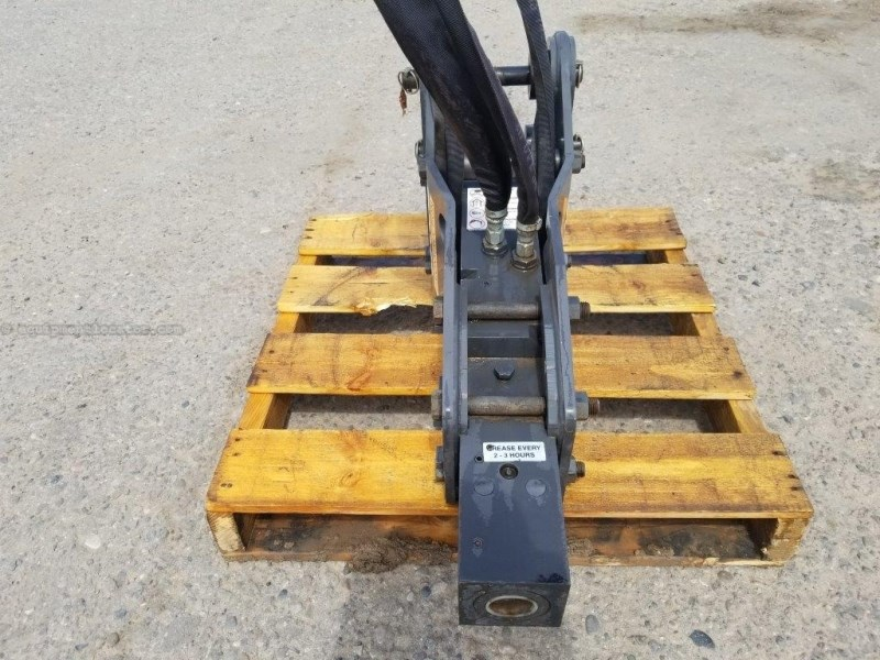 2014 Case CH-2M, Hydraulic, 250 Ft-Lb Class, Exc Carrier Skid Steer Attachment For Sale