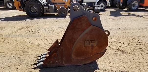 2014 Werk-Brau 24EXC, Fits Case CX210/CX235 Excavator Bucket a La Venta