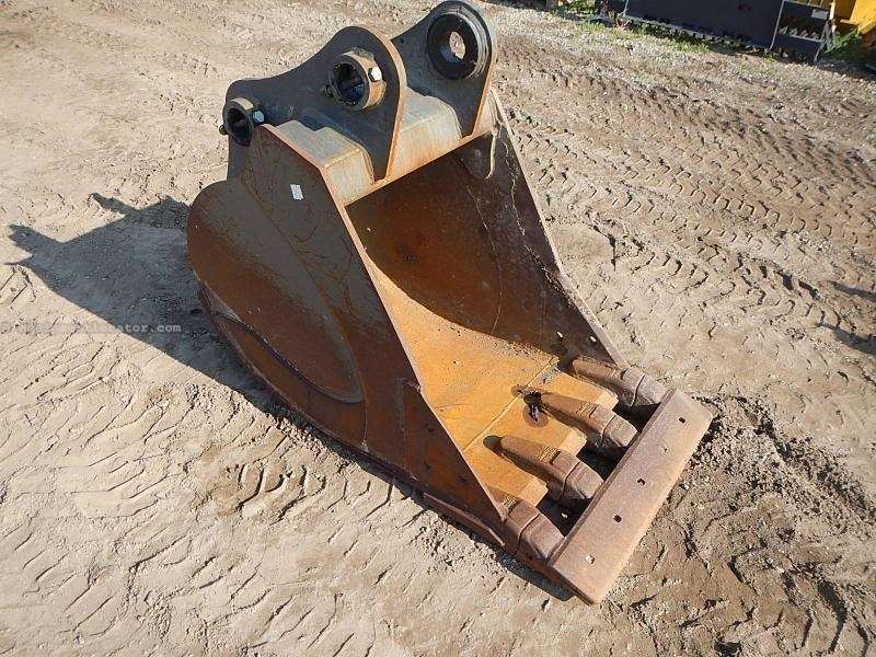 "2013 Werk-Brau 30EXC, Fots Case CX160C, 80MM Pins,12"" Rib Spacing Excavator Bucket For Sale"