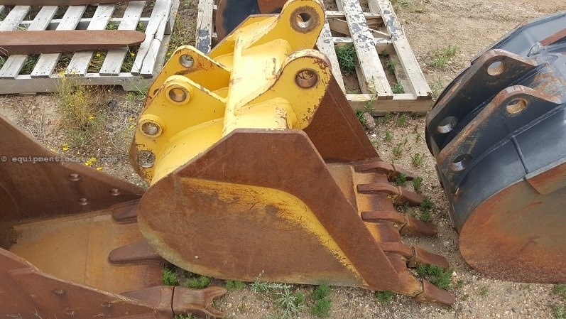 "2014 Case 24BHOE, 24"", For M-Series Backhoe Loader Backhoe Bucket For Sale"