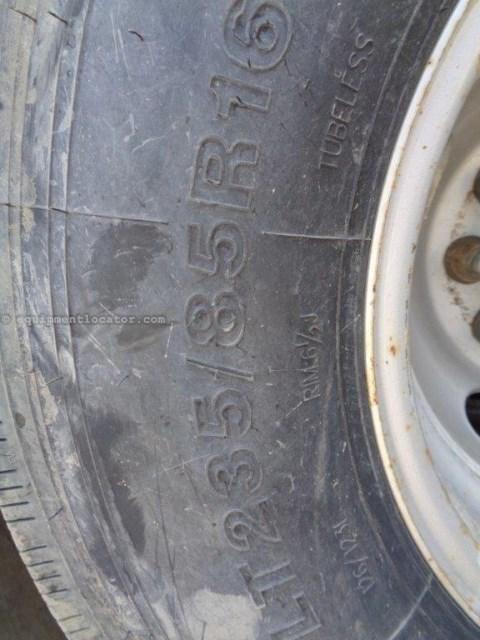 2014 P&J FD302, 8 New Tires, New Brakes/Wheel Seals Gooseneck Semi Trailer a La Venta