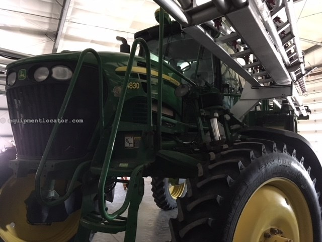 2010 John Deere 4830, 120' Booms, Auto Swath, 4X4, 1000 Gal Tank Sprayer-Self Propelled For Sale