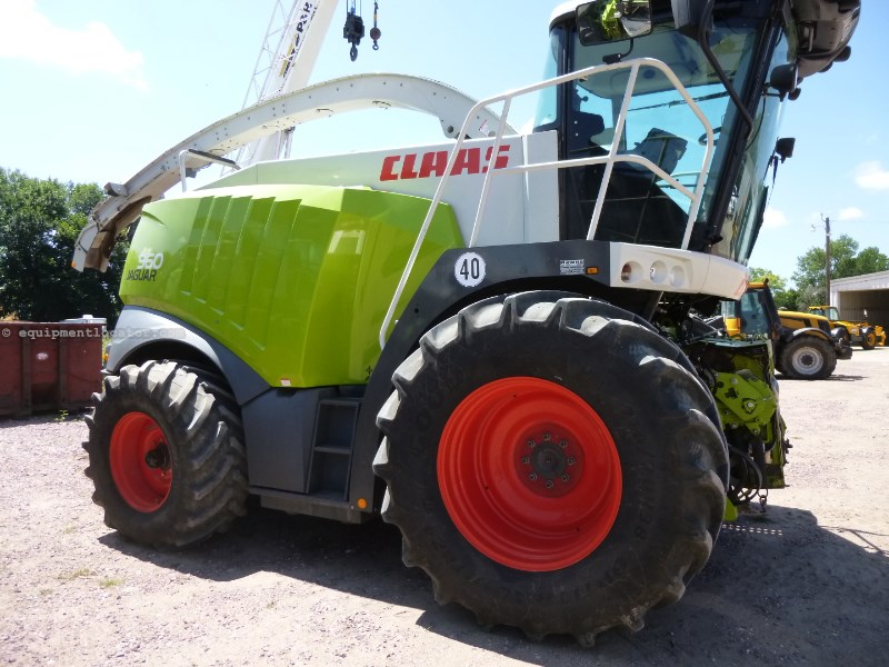 2011 CLAAS 960 Image 1