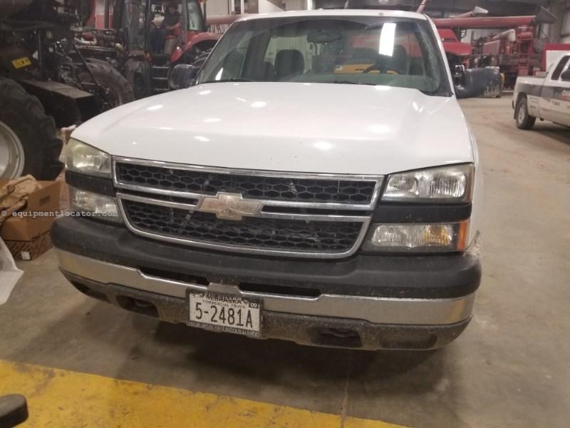 2007 Chevrolet Silverado, 140591 Mi, 8 Cyl, Auto, AC, PS, Cruise Pickup Truck a La Venta