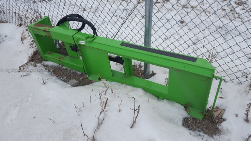 """2014 Brute Post Grabber, 300#, 14"""" Opening,700# Lift Capacity Skid Steer Attachment For Sale"""
